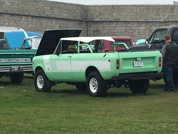 1979-International-Scout-70s-80s-American-SUV-Offroad-Rugged
