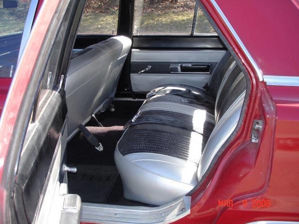 1967-Plymouth-Belvedere-60s-70s-American-nondescript-sedan