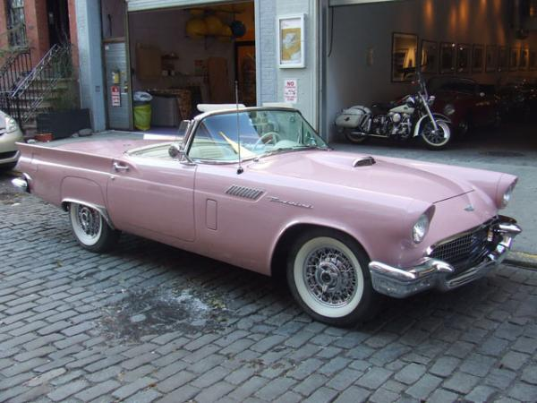 1957-Ford-Thunderbird-50s-60s-American-Muscle-Americana