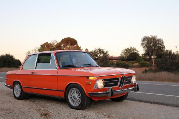 1974-BMW-2002-tii-70s-European-Classic-German