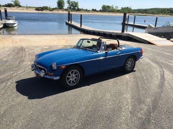 Used-1978-MG-B-V8-conversion-70s-80s-British-Sportscar-Roadster-European