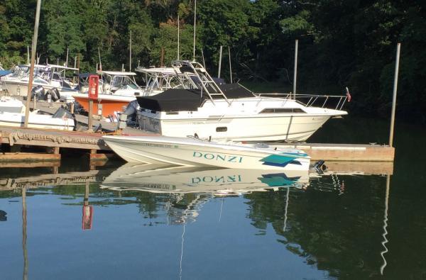 Used-1997-Donzi-Classic-Sweet-16-90s-Boat-Speed-Racing