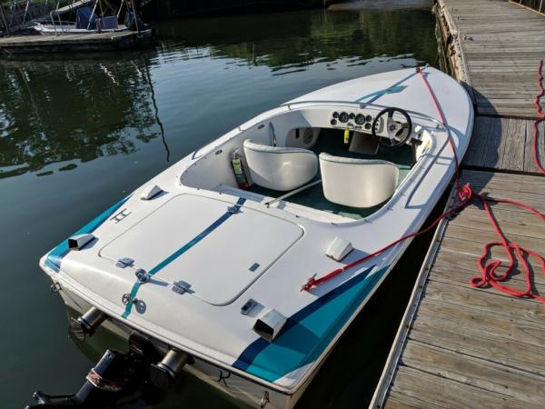 1997-Donzi-Classic-Sweet-16-90s-Boat-Speed-Racing
