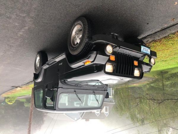 Used-1993-Jeep-Wrangler-90s-00s-Offroad-SUV