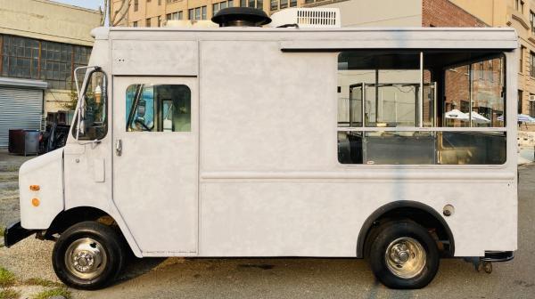 Used-1999-Grumman-Step-Van-Food-Truck