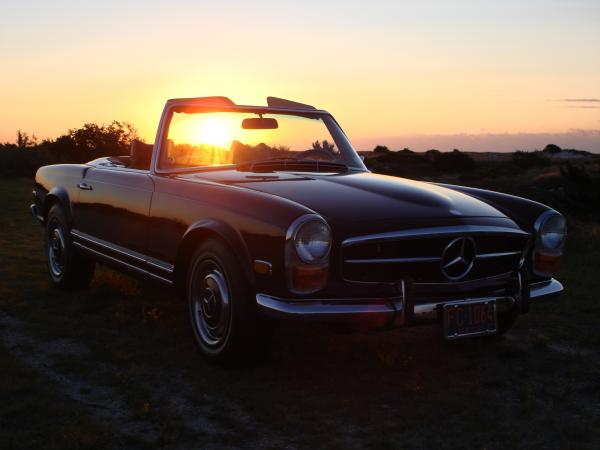 1971-Mercedes-280sl-60s-70s-German-Roadster-Luxury-European