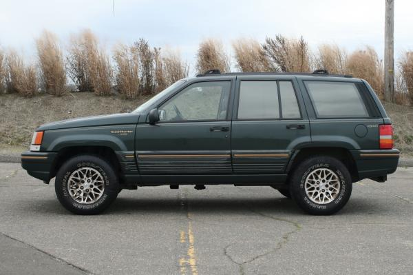 Used-1994-Jeep-Grand-Cherokee-90s-Boxy-SUV-Rugged-Offroad