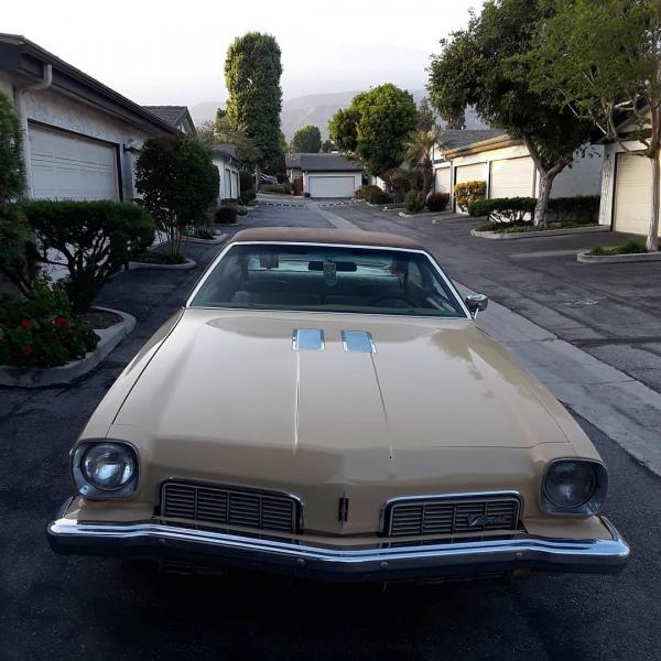 1973-Oldsmobile-Cutlass-Model-S-Sun-Coupe