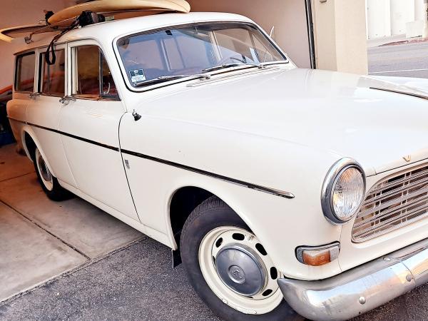1965-Volvo-122S-Amazon