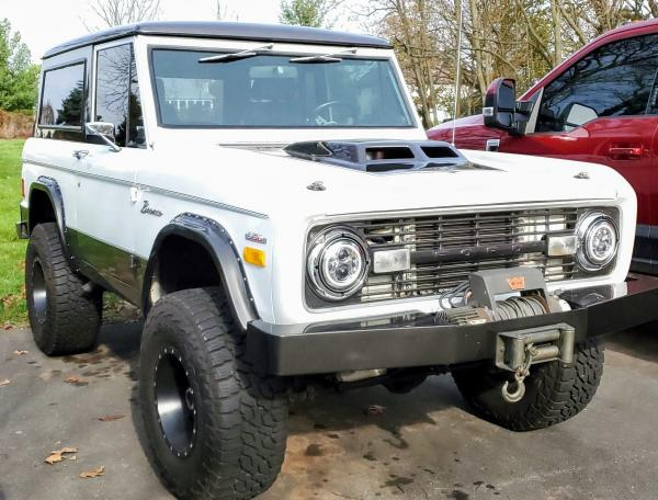 1977-Ford-Bronco