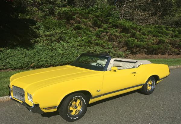 1971-Oldsmobile-Cutlass-Supreme