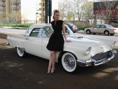 Used-1957-Ford-Thunder-Bird