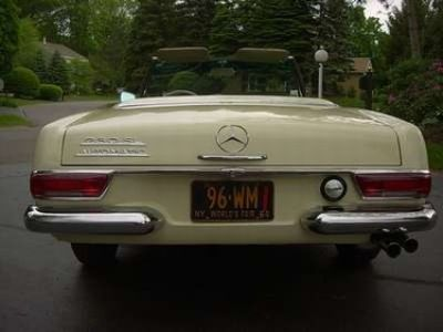 Used-1963-Mercedes-Benz-230-SL