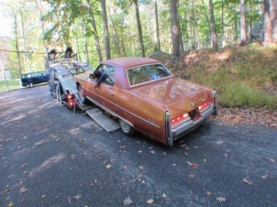 Used-1974-Cadillac-4-Door