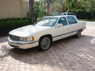 Used-1994-Cadillac-4-Door